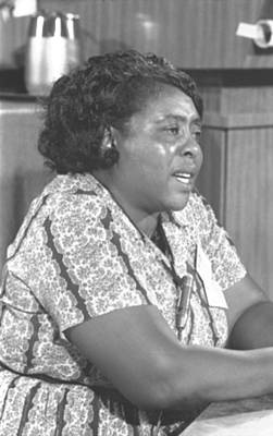 Photograph - Fannie Lou Hamer 1917-1977 by Everett
