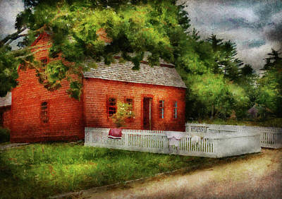 Barn Photograph - Farm - Barn - A Small Farm House  by Mike Savad