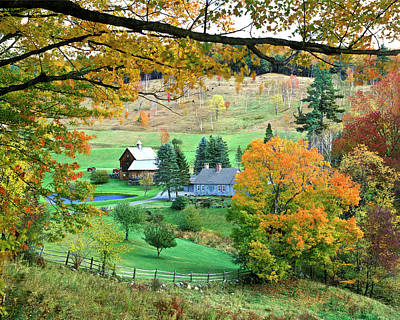 Farm And Fence Vermont Art Print