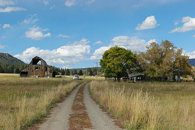 Old Country Roads Photograph - Farm At The End Of A Country Road by Jeff Swan