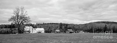 Photograph - Farm House by Alana Ranney