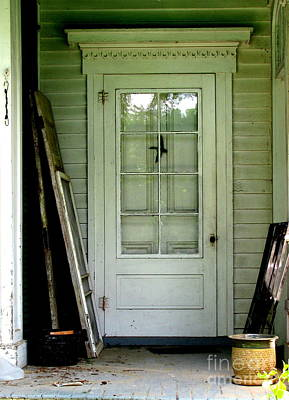 Photograph - Farm House Door In White by Colleen Kammerer