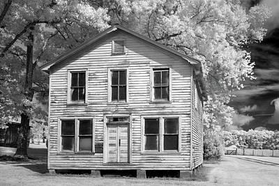 Photograph - Farm House Louisa by Paul Seymour