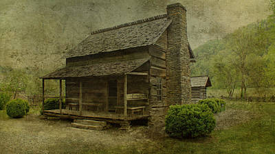 Photograph - Farm House by Sandy Keeton