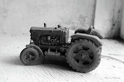 Photograph - Farm House Treasures Tractor by Nina Silver