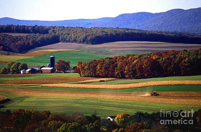 Farm Near Klingerstown Art Print by USDA and Photo Researchers