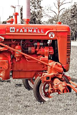 Photograph - Farmall By Mccormick #775 by Ella Kaye Dickey