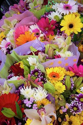 Photograph - Farmer's Market Bouquets by Lynn Bauer