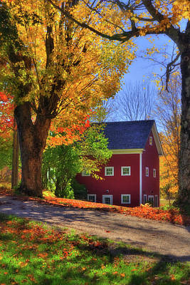 Red Farmhouse Photograph - Farmhouse In Autumn - South Royalton, Vt by Joann Vitali