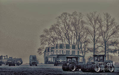 Art Print featuring the photograph Farmhouse In Morning Fog by Sandy Moulder
