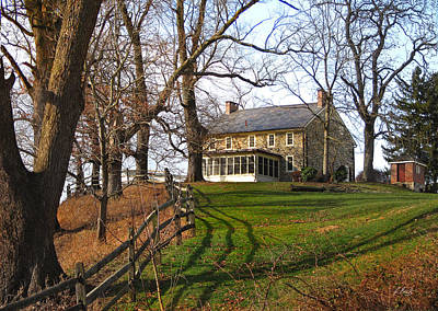 Pennsbury Photograph - Farmhouse On A Hill by Gordon Beck