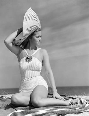 Fashionable Woman At The Beach Print by H. Armstrong Roberts/ClassicStock
