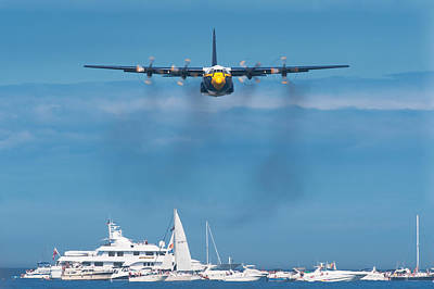 Sail Photograph - Fat Albert by Sebastian Musial