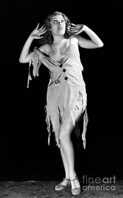 Damsel In Distress Photograph - Fay Wray (1907-2004) by Granger
