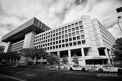 federal bureau of investigation fbi headquarters j edgar hoover building Washington DC USA Art Print by Joe Fox