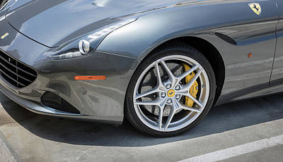 Photograph - Ferrari California T  by Gene Parks