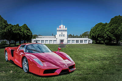 Photograph - Ferrari Enzo 2004 by Roger Lighterness