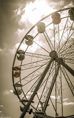 Photograph - Ferris Wheel 2  by Debra Forand