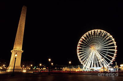Streetlight Photograph - Ferris Wheel And Luxor Obelisk In The Concorde Plaza In Paris by Sami Sarkis