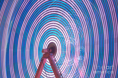 Photograph - Ferris Wheel II by Clarence Holmes
