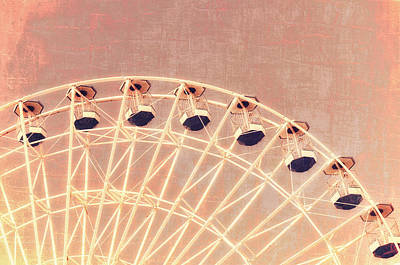 Photograph - Wonder Wheel Series 1 Red by Marianne Campolongo