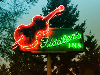 Photograph - Fiddler's Inn by Kathleen Grace