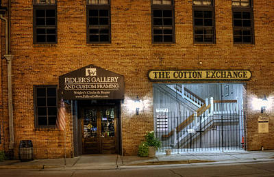 Stret Photograph - Fidlers Gallery And The Cotton Exchange by Greg Mimbs
