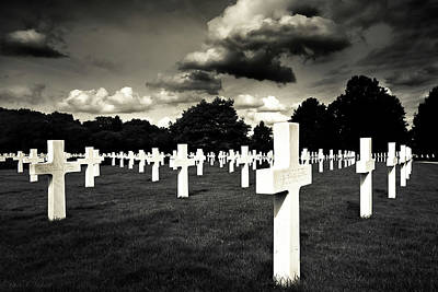 Photograph - Fields Of The Lost - American Cemetery At Cambridge by Mark E Tisdale