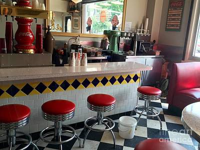 Photograph - Fifties Diner by Anne Sands