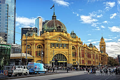 Photograph - Flinders Station by Franz Zarda
