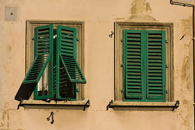 Photograph - Finestre 2 by Art Ferrier