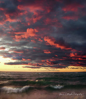 Photograph - Fire In The Sky by Thomas Pettengill