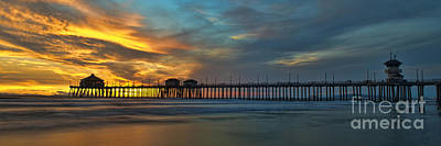 Fire On The Sky - Huntington Beach Pier Art Print