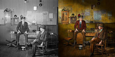 Firemen - Sharing His Wisdom - 1942 Side By Side Art Print by Mike Savad