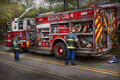 Suburbanscenes Photograph - Firemen - The Modern Fire Truck by Mike Savad