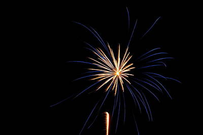 Photograph - Fireworks 018 by Larry Ward