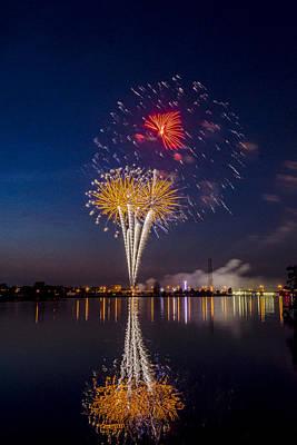 Brilliant Fireworks Photograph - Fireworks - 11 by Tom Clark