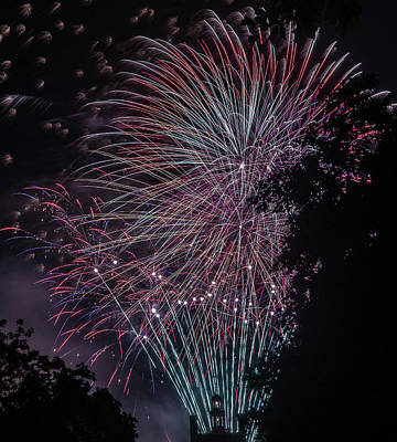 Photograph - Fireworks 7 by Jerry Gammon