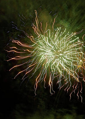 Photograph - Fireworks 7 by Joan Reese