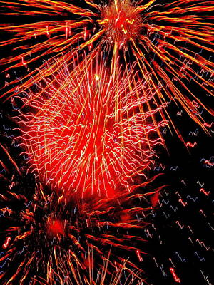 Photograph - Fireworks Abstraction 2 by Beth Akerman