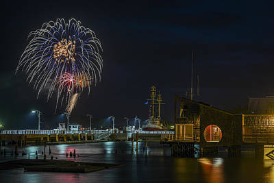 Fireworks And 17th Street Docks Art Print