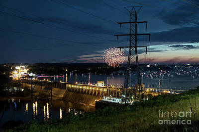 Photograph - Fireworks At Bagnell Dam by Dennis Hedberg