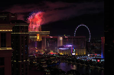 Photograph - Fireworks At The Venetian by Alex Lapidus