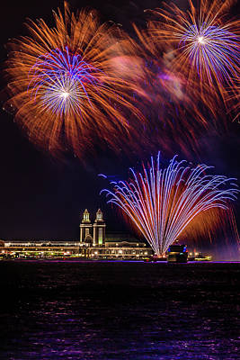 Photograph - Fireworks Over Navy Pier Chicago by Patrice Bilesimo