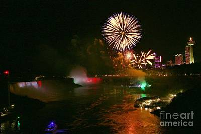 Photograph - Fireworks Over Niagara Falls 2018 by Tony Lee