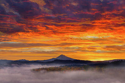 Photograph - First Light On Mount Hood During Sunrise by David Gn
