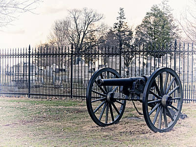 Photograph - First Ohio Cannon Gettysburg by Marianne Campolongo