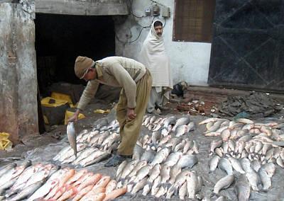 Saba Painting - Fish Market by Bobby Dar