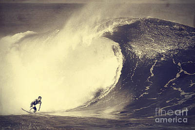 Fisher Heverly At Pipeline Art Print by Paul Topp