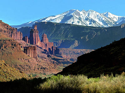 Photograph - Fisher Towers 1 by Jeff Brunton